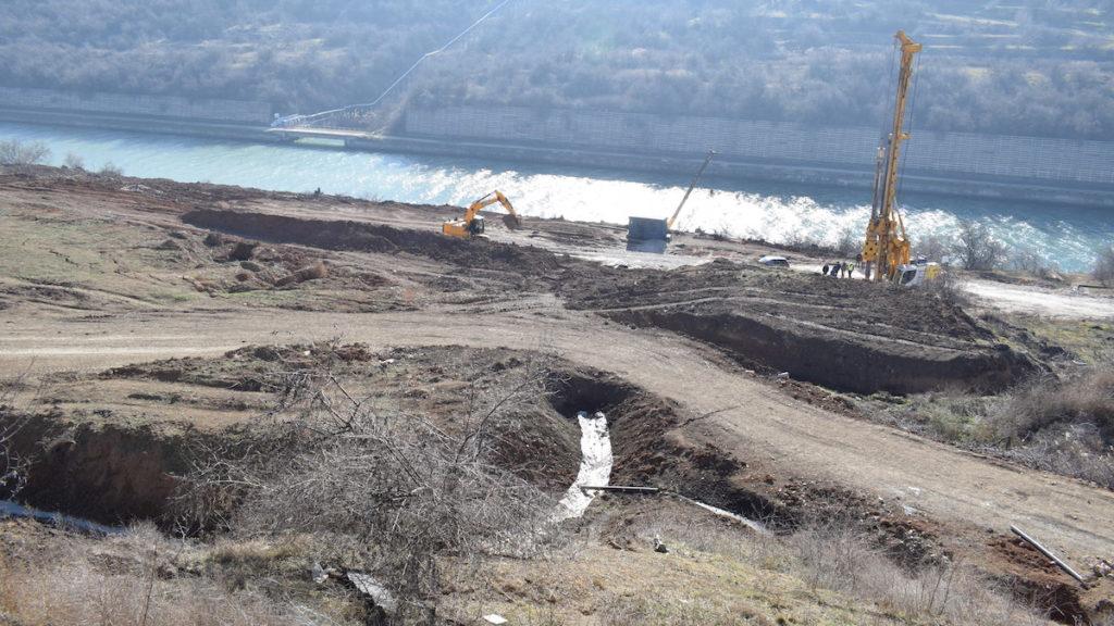 Malul surpat al Canalului Dunăre - Marea Neagră de la Cumpăna FOTO Primăria Cumpăna
