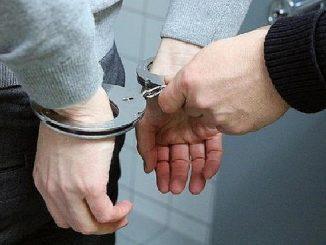Bărbat reținut pentru furt dintr-o societate comercială din Cumpăna